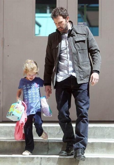 بن افلک و دخترش وایولت