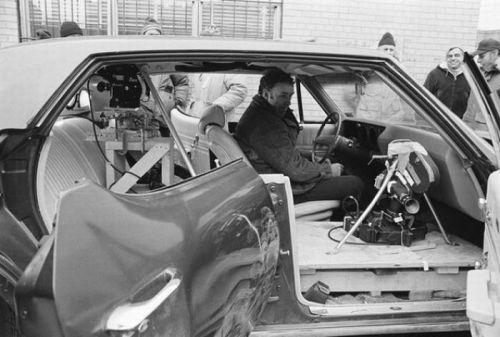 ارتباط فرانسوی، آمادهسازی برای فیلمبرداری داخل ماشین قبل از سکانس بهیادماندنی تعقیب ماشین